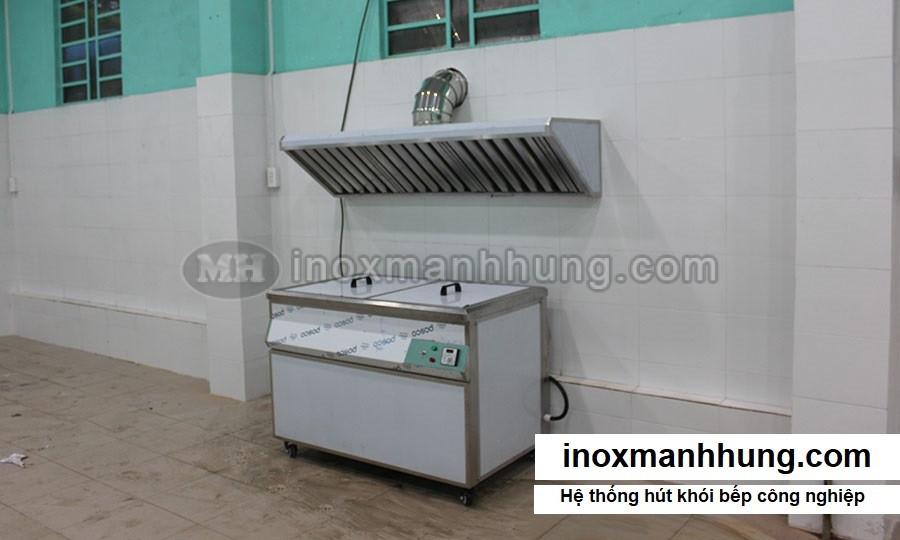 gia-cong-chup-hut-khoi-hcm