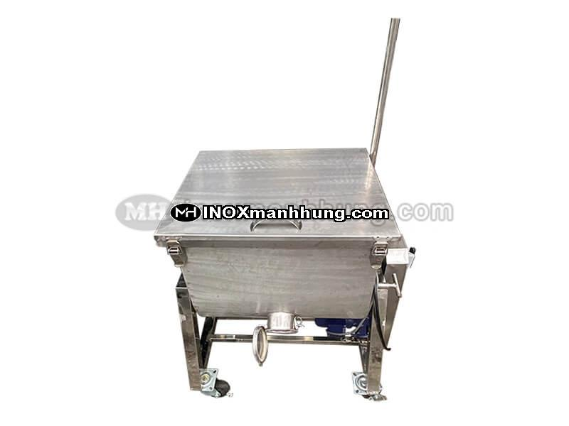Máy trộn thức ăn gia súc mini